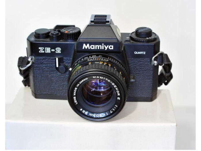 Mamiya ZE-2